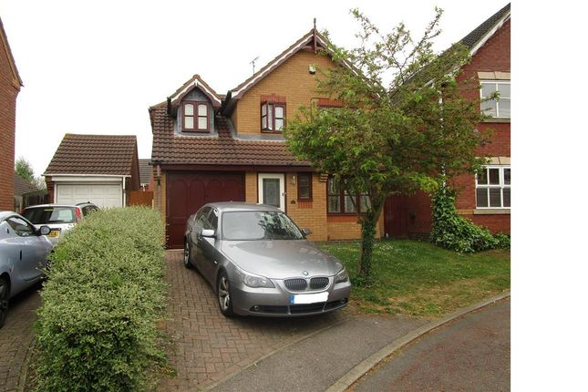 3 bed property to rent in Limlow Close, Northampton