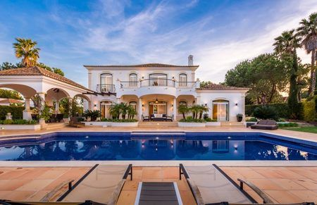 Thumbnail Villa for sale in Quinta Do Lago, Central Algarve, Portugal