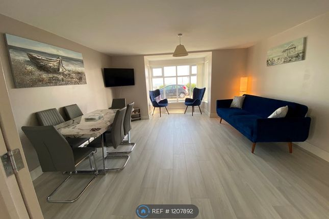 Thumbnail Flat to rent in Kings Parade, Holland-On-Sea