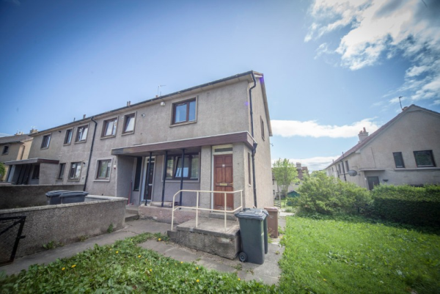 6 bedroom flat to rent in Craigievar Crescent, Garthdee, Aberdeen, 7De