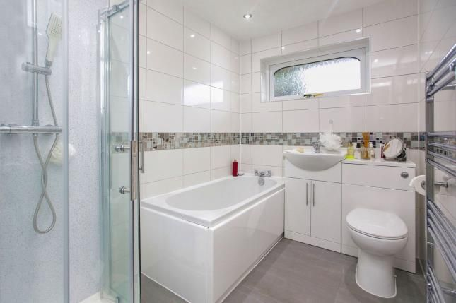 Bathroom of Marchbank Drive, Cheadle, Greater Manchester SK8