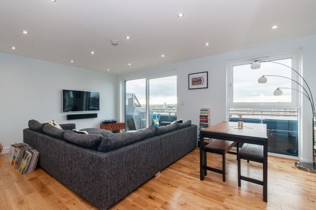 Thumbnail Flat to rent in New York Road, Leeds