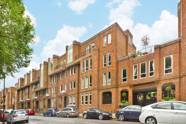 Thumbnail Parking/garage to rent in Tedworth Square, London
