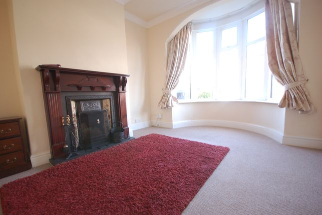 Lounge of Rectory Road, Blackpool FY4