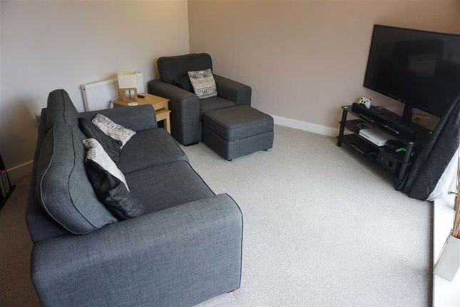 Living Room of Halifax View, Claremount Road, Halifax HX3