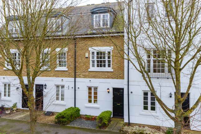 Thumbnail Town house to rent in Fennel Close, Maidstone