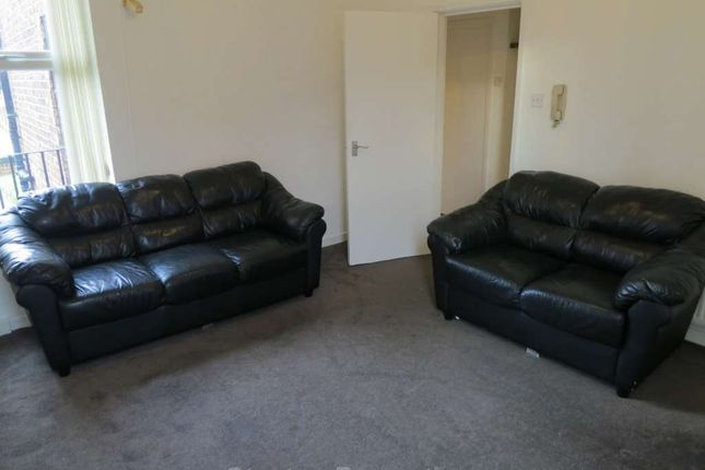 1 bed flat to rent in Northen Grove, West Didsbury