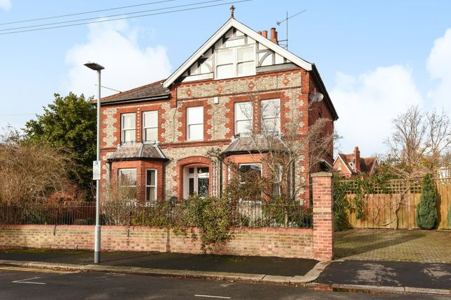 Thumbnail Detached house for sale in Mansfield Road, Reading
