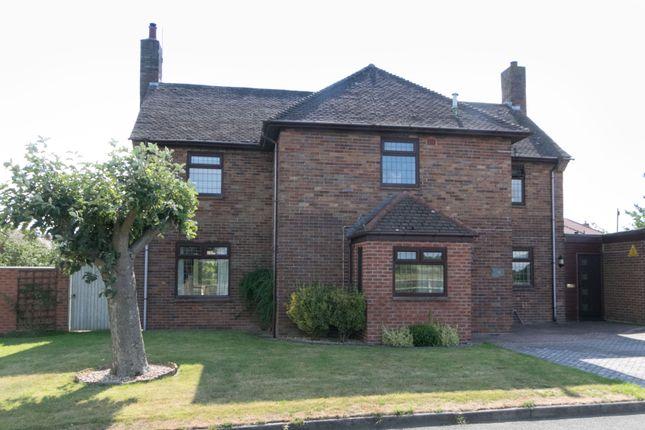 Thumbnail Link-detached house for sale in Little Roodee, Hawarden, Deeside