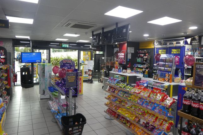 Thumbnail Retail premises for sale in Off License & Convenience LS25, Garforth, West Yorkshire