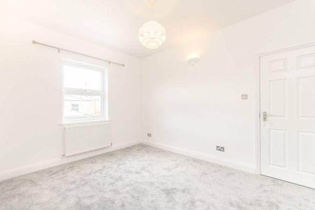 Charlton Road Harlesden NW10 3 Bedroom Terraced House