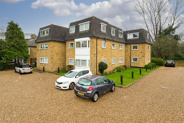 2 bed flat for sale in Portsmouth Road, Thames Ditton KT7