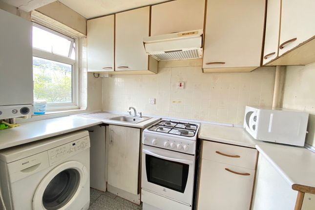 1 bed flat to rent in Convent Way, Southall UB2
