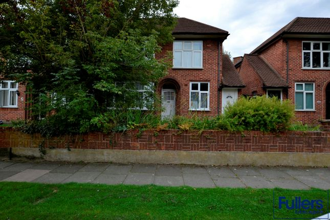 Thumbnail Maisonette to rent in Bicknoller Road, Enfield