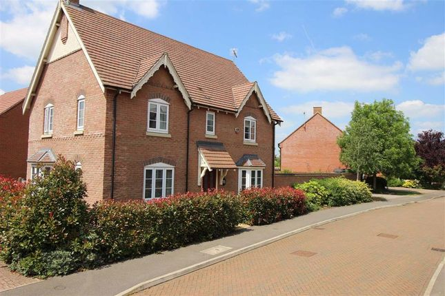 4 bed detached house for sale in Clock Meadow, Byfield, Nothamptonshire NN11