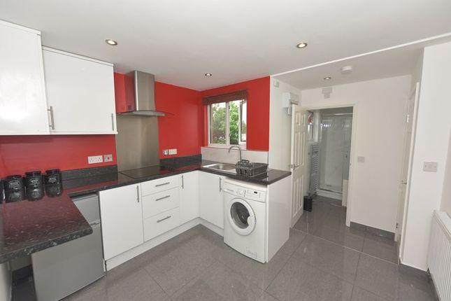 Thumbnail Studio to rent in Penshurst Road, Thornton Heath