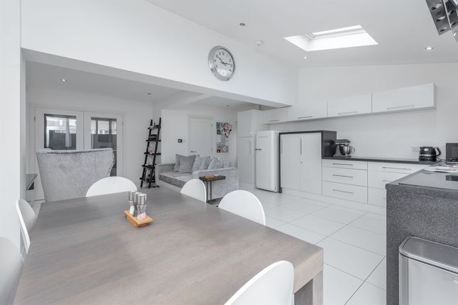 3 bed detached house for sale in Bourton Crescent, Oadby, Leicester LE2