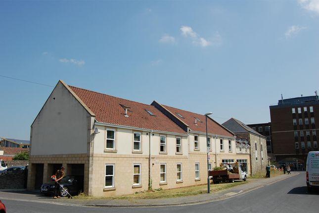Thumbnail Flat to rent in Carpenters Lane, Keynsham, Bristol