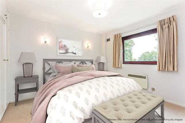 Bedroom of Hillview, 2-4 Primrose Hill Road, London NW3