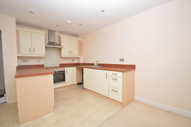 Kitchen of Palatine House, Olsen Rise, Lincoln, Lincolnshire LN2