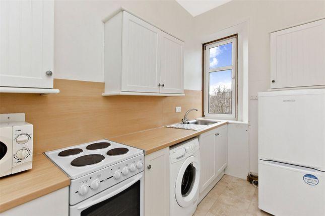 Kitchen of Causewayside, Newington, Edinburgh EH9