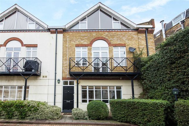 Thumbnail Town house for sale in Brecon Mews, Tufnell Park, London
