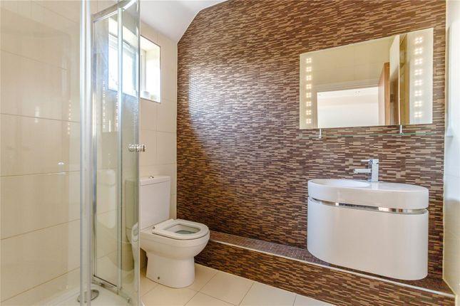 Bathroom of Harlaxton Drive, Nottingham NG7
