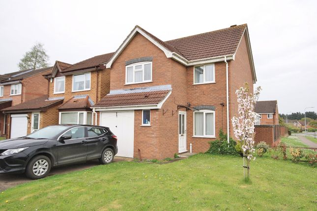 3 bed property to rent in Ireton Close, Dussindale, Norwich