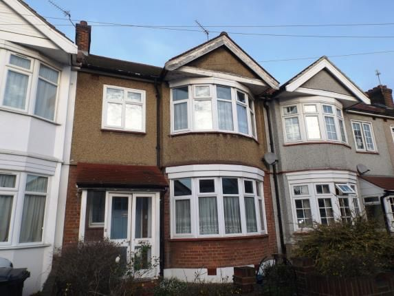 Thumbnail Terraced house for sale in Ilford, London, United Kingdom