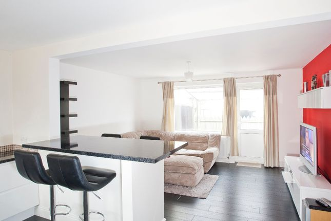 Thumbnail End terrace house to rent in Columbine Way, Lewisham