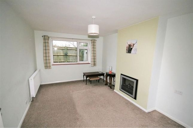 Thumbnail Semi-detached house to rent in Botley Road, Ley Hill, Chesham