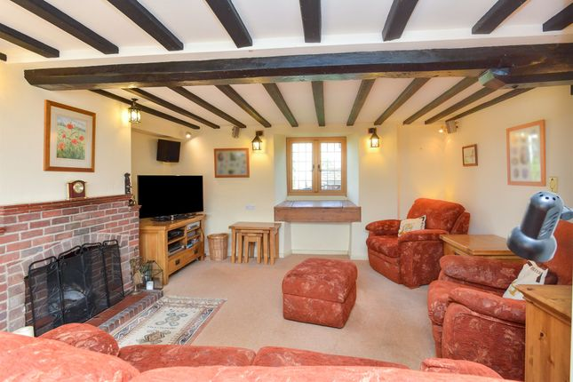 Thumbnail Property for sale in Moorend Road, Yardley Gobion, Towcester