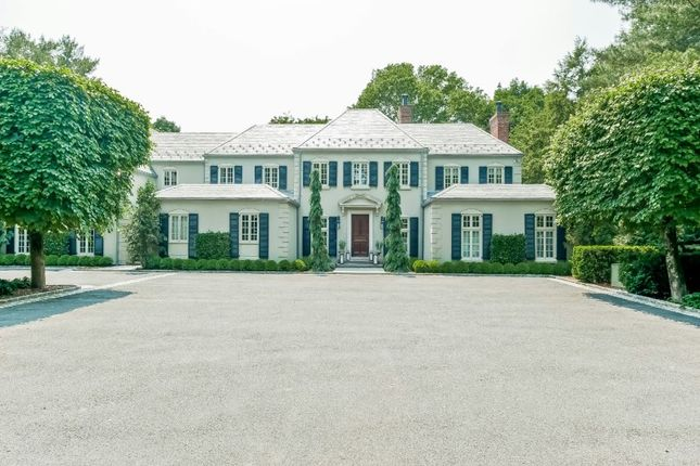 Thumbnail Property for sale in 266 Round Hill Road, Greenwich, Ct, 06831