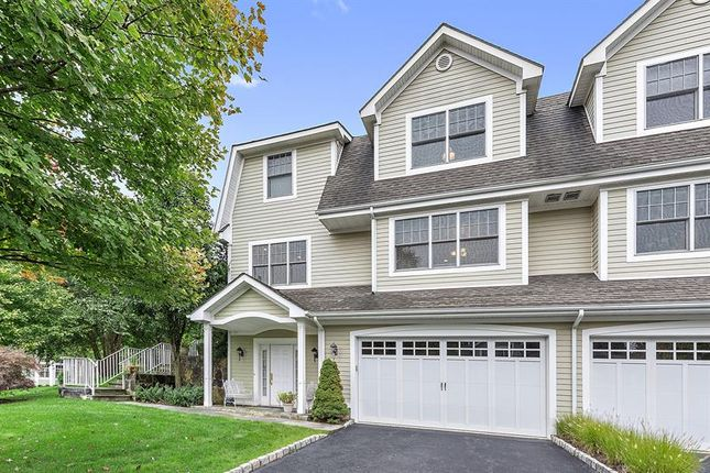 Thumbnail Property for sale in 30 Glassbury Court Mount Kisco, Mount Kisco, New York, 10549, United States Of America