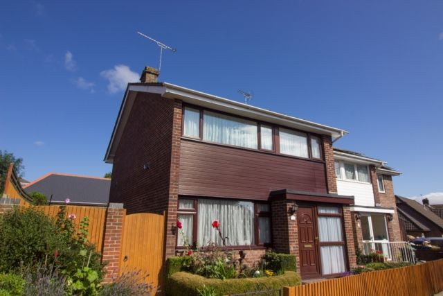 Thumbnail Property for sale in Hopfield Close, Waterlooville