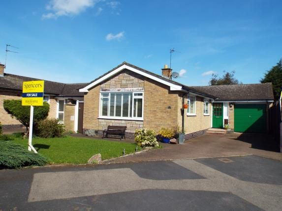 Thumbnail Bungalow for sale in Hereward Drive, Thurnby, Leicester, Leicestershire
