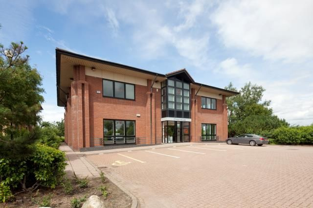 Thumbnail Office to let in Chiron House, Phoenix Business Park, Linwood