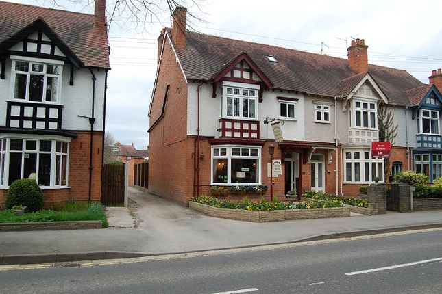 Thumbnail Retail premises for sale in 41 Grove Road, Warwickshire