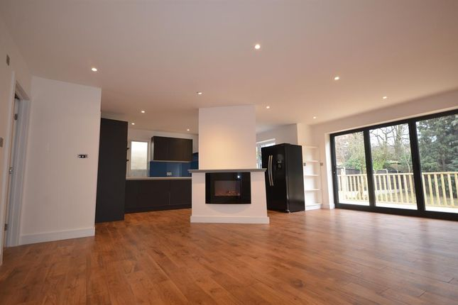 Thumbnail Bungalow for sale in Barn Hill, Wembley Park