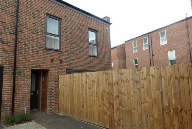 Thumbnail Town house to rent in Bemrose Court, Derby