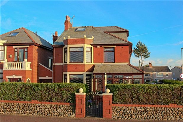 Thumbnail Property for sale in Laidleys Walk, Fleetwood