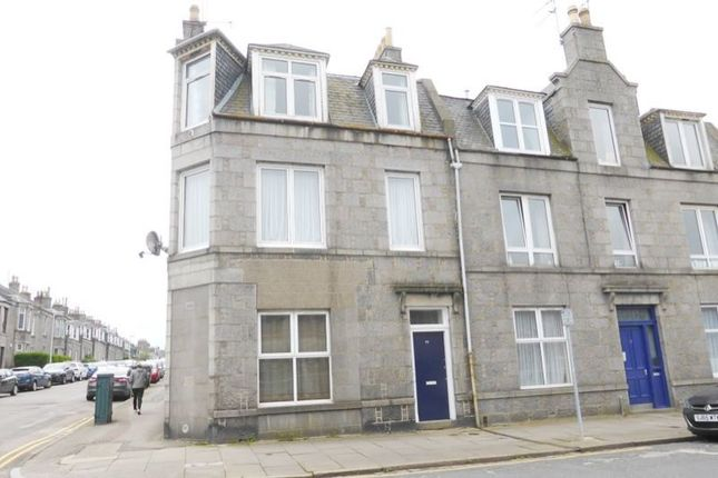 Thumbnail Flat for sale in 55, Bedford Place, Aberdeen AB243Ns
