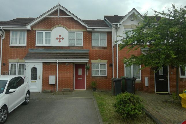 2 bed terraced house to rent in Champness Road, Barking