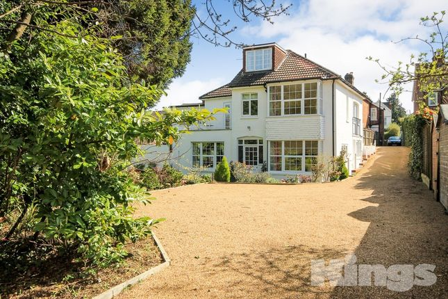 Thumbnail Detached house to rent in Upper Grosvenor Road, Tunbridge Wells