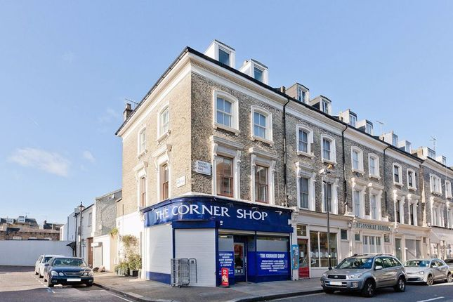Flat for sale in Nugent Terrace, London