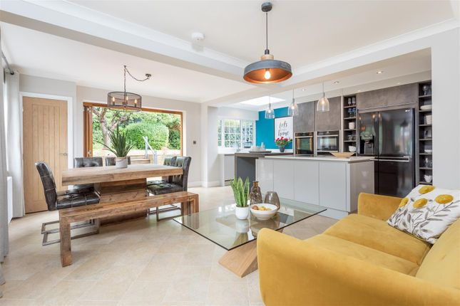 Thumbnail Detached house for sale in Tongdean Avenue, Hove