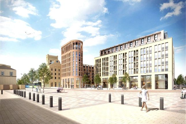 Thumbnail Flat for sale in Station Square, Cambridge