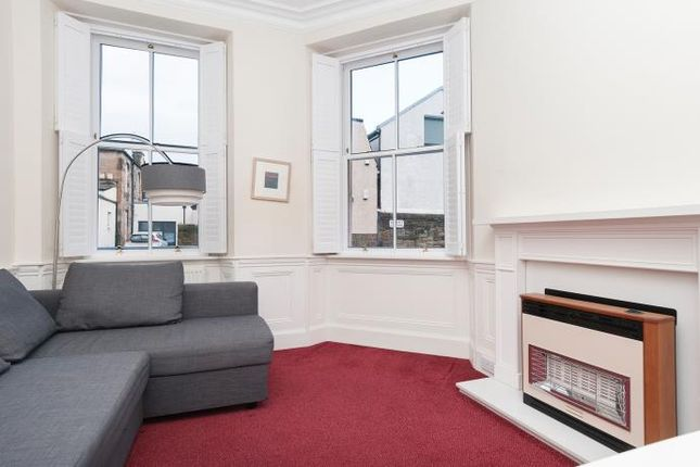 Thumbnail Flat to rent in Sciennes House Place, Edinburgh