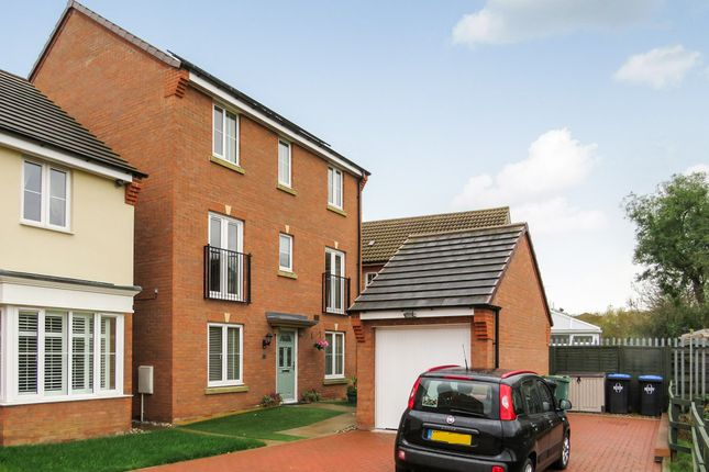 Thumbnail Detached house for sale in Thruxton Place, Rugby