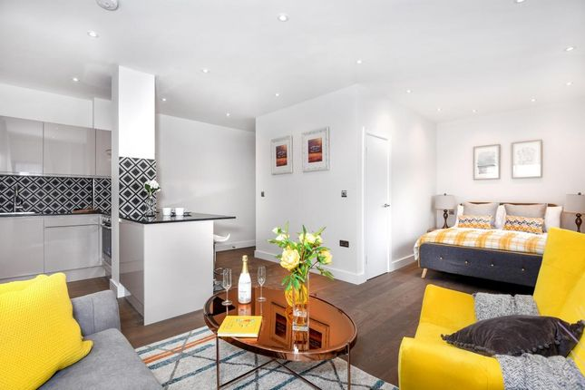 Thumbnail Property for sale in Brook House, Wokingham